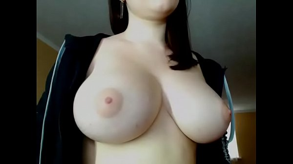 Chat, Hot boobs