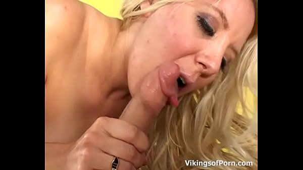 Young mom, Mom young, Sexy mom, Mom sexy
