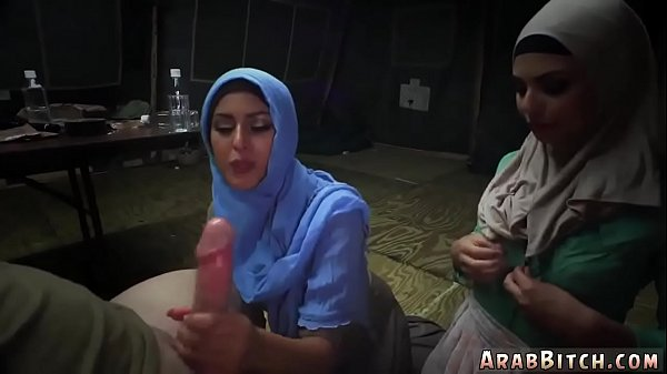 Moms, Arab sex, Young mom, Arab mom, Mom and young, Arab ass
